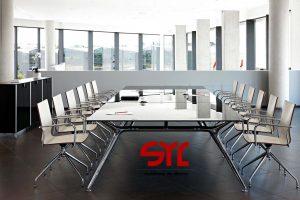 Mesa de juntas Modelo Arkitek / Muebles Syl