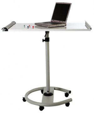 Pizarra móvil metálica transformable a mesa.