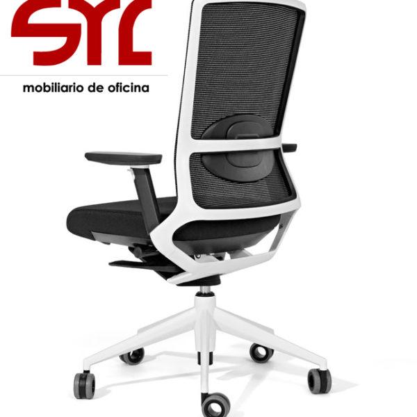 Silla de oficina modelo tnk 500 con respaldo de malla for Muebles de oficina gijon